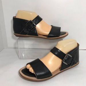 Gentle Souls Up & Away Sandals Black Leather Sz 9